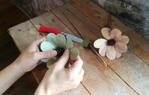 Workshop per adulti: Fiori di legno