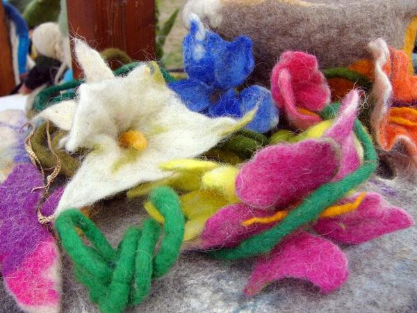 Workshop per adulti: fiori di feltro