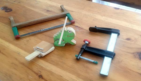Falegnameria in musica: laboratorio artigianale di strumenti musicali