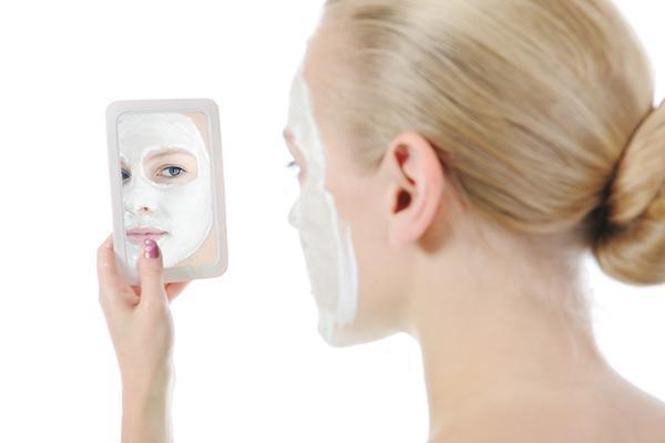 Gommage viso-corpo alla Calendula