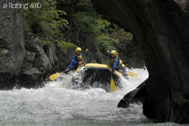 1.Trekking-Habitat-Gruppi-e-Aziende-GAro-Giornata-Avventura--Rafting-e-Orienteering_18